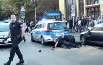 Για ρατσισμό και βαρβαρότητα κατηγορείται η γερμανική αστυνομία γι' αυτή τη σύλληψη