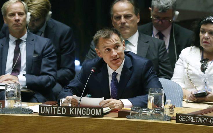 Χαντ: Αν η συμφωνία καταψηφιστεί μπορεί να μην υπάρξει Brexit