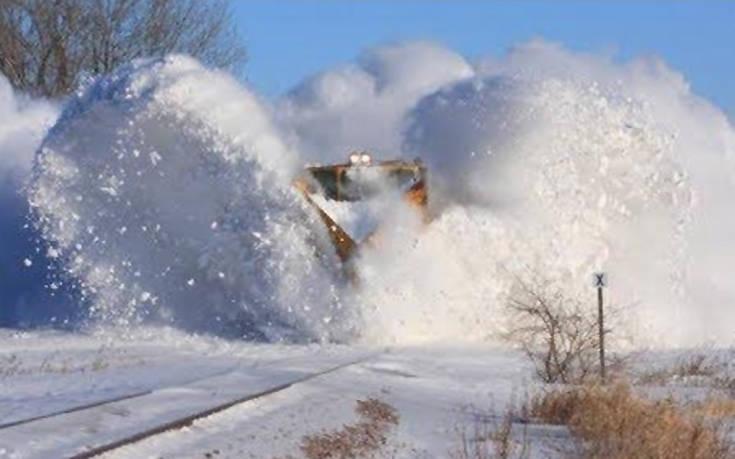 Τα τρένα και το χιόνι δημιουργούν έναν εντυπωσιακό συνδυασμό