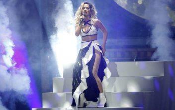 «Δεν θα διαγραφώ» λέει η Rita Ora κατά του cyberbullying