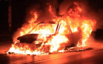 Έκαψε το αυτοκίνητο του πατριού του γιατί του πήρε το κομπιούτερ της τηλεόρασης