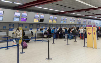 Η τραυματική εμπειρία μιας διεμφυλικής στο αεροδρόμιο