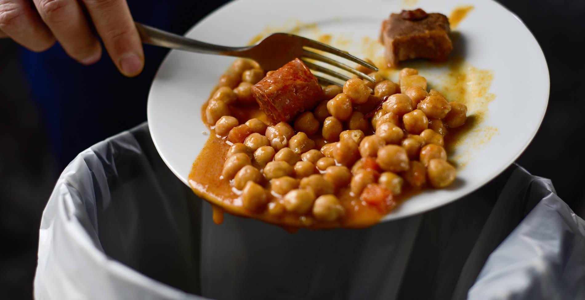 Αποτέλεσμα εικόνας για Σοκάρουν τα στοιχεία για τη σπατάλη τροφίμων, τι συμβαίνει στην Ελλάδα
