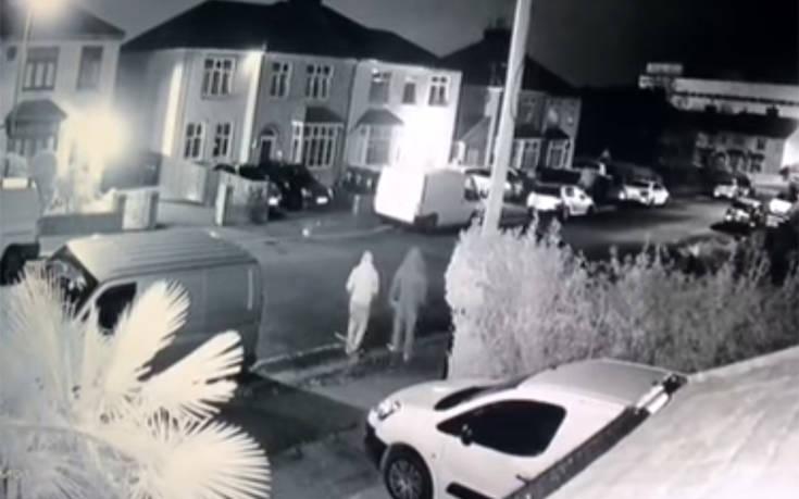 Όλα τα βανάκια της γειτονιάς παραβίασαν οι κλέφτες
