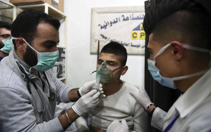 Συρία: Οι ΗΠΑ βλέπουν «ενδείξεις» για χρήση χημικών όπλων