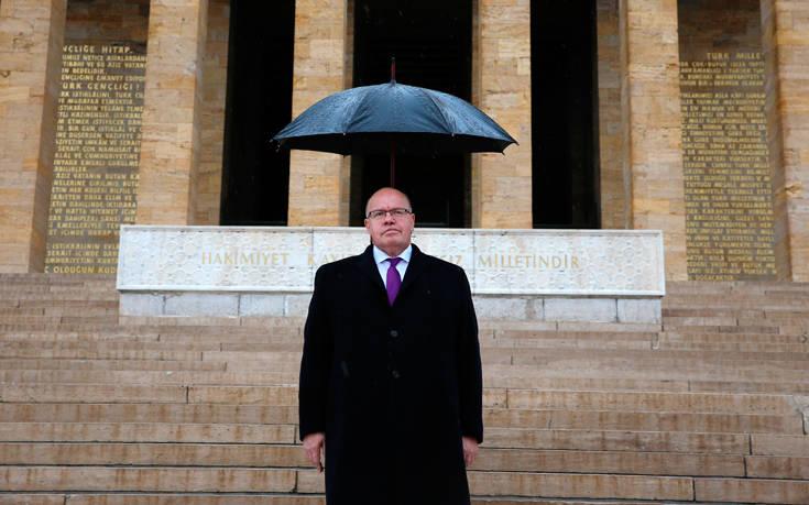 Η ατάκα υπουργού που έφερε σε δύσκολη θέση τους επικεφαλής των γερμανικών αυτοκινητοβιομηχανιών