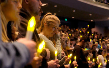 Συγκινεί η μητέρα του άτυχου ομογενή που σκοτώθηκε στο μακελειό στην Καλιφόρνια