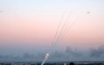 Σειρήνες ακούστηκαν στο Ισραήλ για ρουκέτα που εκτοξεύτηκε από τη Γάζα