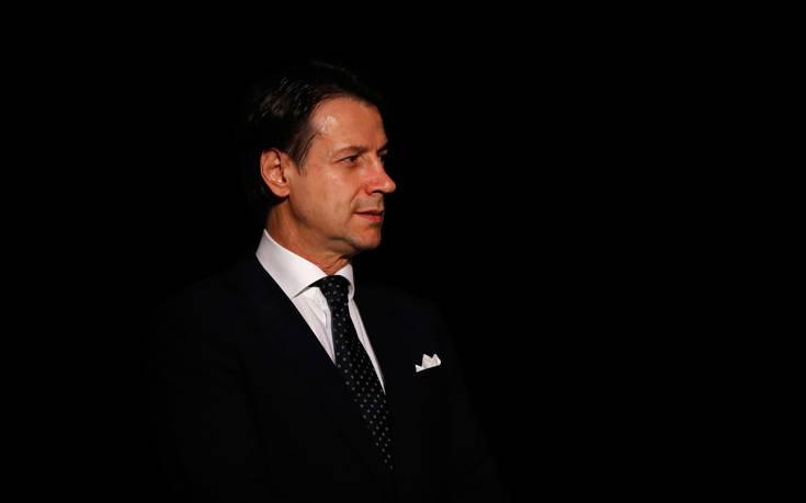 Ειρωνικός ο Ματέο Σαλβίνι απέναντι στην Ευρωπαϊκή Επιτροπή
