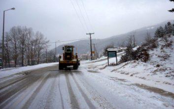 Χιονίζει στα ορεινά του νομού Τρικάλων