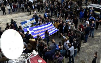 Φωτογραφίες από το τελευταίο αντίο στον Κωνσταντίνο Κατσίφα