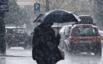 Έρχεται κακοκαιρία με βροχές, καταιγίδες και χιόνια