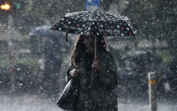 Έρχεται η κακοκαιρία «Φοίβος» με βροχές και καταιγίδες