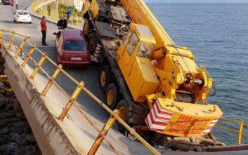 Κατέρρευσε τμήμα γέφυρας μέσα στην πόλη της Καβάλας