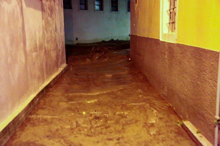 Ζημιές από την κακοκαιρία στη Λέσβο