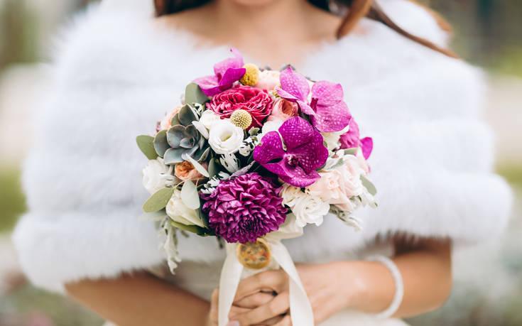 Aνατίναξε το νυφικό της γιατί δεν ήθελε τίποτα να της θυμίζει τον γάμο της