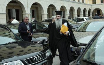 Δεν κάνουν πίσω οι ιερείς για το μισθολόγιο στο Δημόσιο