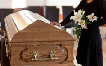 Ο θείος επέστρεψε στην οικογένεια δύο μήνες μετά την… κηδεία του