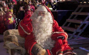 Οι γιορτές πλησιάζουν κι ο Άγιος Βασίλης προετοιμάζεται πυρετωδώς
