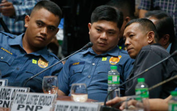 Καταδίκη - ορόσημο σε βάρος αστυνομικών για φόνο στις Φιλιππίνες