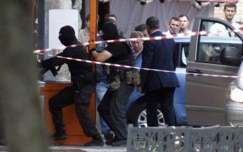 Απειλή για βόμβα εκκένωσε σιδηροδρομικό σταθμό και εμπορικά κέντρα στη Μόσχα