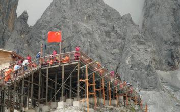 «Το Πεκίνο είναι σταθερό στην εφαρμογή της Συμφωνίας του Παρισιού για το Κλίμα»