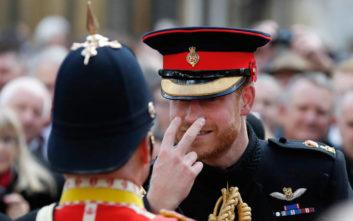 Όταν ο «αξιαγάπητος» πρίγκιπας Χάρι κέρδισε την βασίλισσα Ελισάβετ