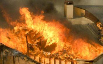 Τουλάχιστον πέντε οι νεκροί από τη μεγάλη πυρκαγιά στην Καλιφόρνια