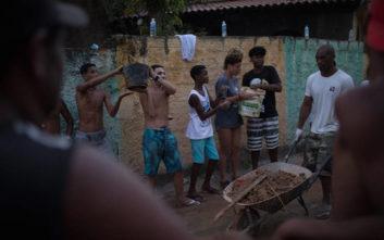 Δύο νεκροί από την κατάρρευση κτιρίων σε φαβέλα της Βραζιλίας
