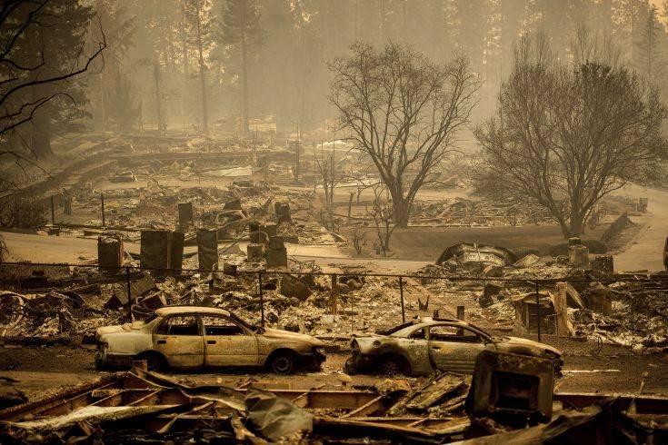 Πάνω από 9 δισ. δολάρια οι ασφαλισμένες υλικές ζημιές από τις φωτιές στην Καλιφόρνια