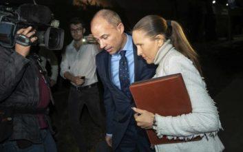 Συνελήφθη για κακοποίηση ο δικηγόρος της Στόρμι Ντάνιελς
