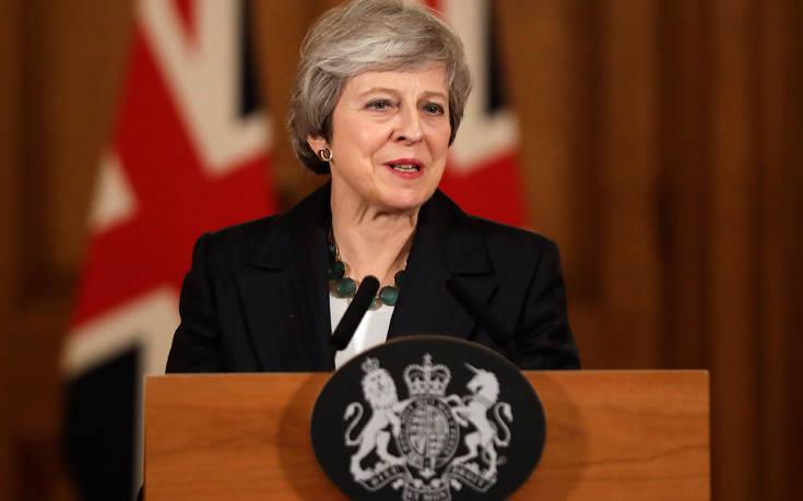 Νέα προσπάθεια της Μέι να πείσει για τη συμφωνία για το Brexit