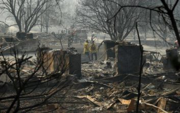Υπό πλήρη έλεγχο η μεγάλη φωτιά στη Β. Καλιφόρνια