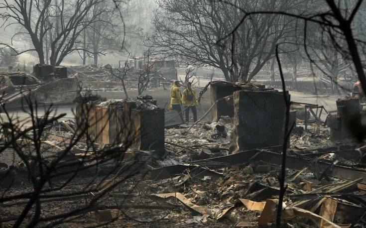 Μετά την πυρκαγιά, οι εκτοπισμένοι της Καλιφόρνια κινδυνεύουν από πλημμύρες
