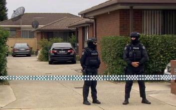 Άνδρας κλεισμένος σε σπίτι στην Αυστραλία απειλεί ότι θα πυροδοτήσει εκρηκτικά