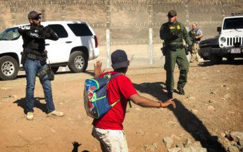 Κοινή επίθεση αστυνομικών και κακοποιών κατά μεταναστών στο Μεξικό