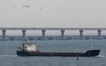 Πούτιν κατά Ποροσένκο για τη ναυτική «πρόκληση» στη Μαύρη Θάλασσα
