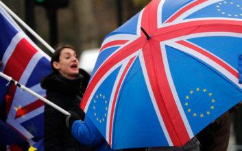 «Ναι σε διευκρινίσεις για το Brexit, όχι σε περαιτέρω διαπραγματεύσεις»