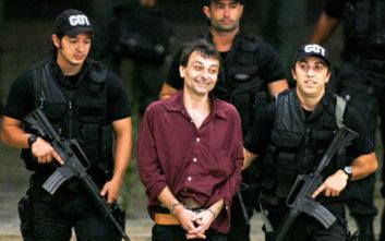 Συνελήφθη και εκδίδεται στην Ιταλία ο καταδικασμένος τρομοκράτης Τσέζαρε Μπατίστι