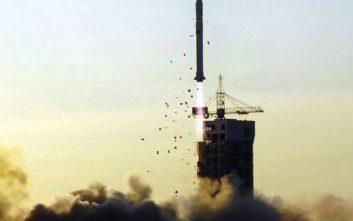 Η Κίνα εκτόξευσε στο διάστημα πέντε ερευνητικούς δορυφόρους