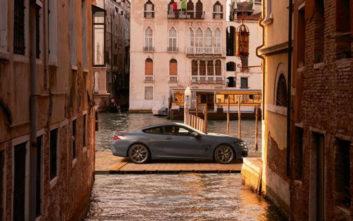 Στο Canal Grande με BMW Σειρά 8 Coupe