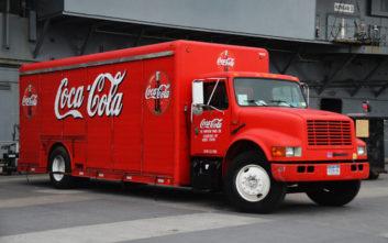 Η καθημερινότητα ενός οδηγού της Coca-Cola