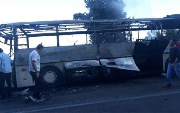 Λεωφορείο τυλίχτηκε στις φλόγες εν κινήσει στη Λευκάδα
