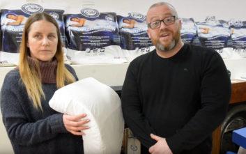 Έσωσε τον γάμο του με ένα… μαξιλάρι
