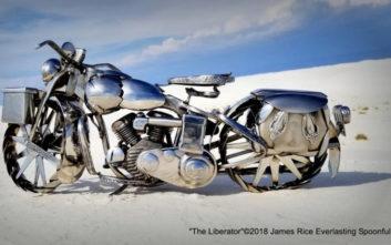 Ήθελε να φτιάξει τη δική του μοτοσικλέτα και κατέληξε να δημιουργεί έργα τέχνης