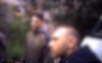 «Έλεγχος» του Ρουβίκωνα σε αστυνομικούς έξω από σπίτι μέλους του