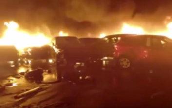 Εκατοντάδες πολυτελή αυτοκίνητα καταστράφηκαν από φωτιά στο λιμάνι της Σαβόνα