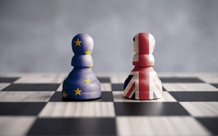 «Προετοιμαστείτε για ένα Brexit χωρίς συμφωνία»