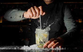 Μυστικά των bartenders που μπορείτε να εφαρμόσετε και στο σπίτι
