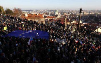 Παραίτηση Μπάμπις ζητούν χιλιάδες Τσέχοι διαδηλωτές